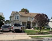 244 Water  Ln, Wantagh image
