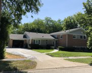 208 Valley View Drive, Wilmette image