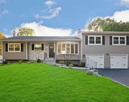 1028 Westminster Ave, Dix Hills image
