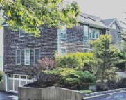40 Waterview Dr, Miller Place image