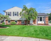 39024 Hyland Ct, Sterling Heights image