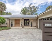 2341 Sw 27th Ter, Fort Lauderdale image