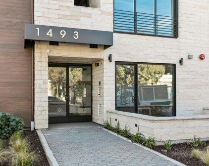 1493 Oak Grove Ave 302, Burlingame