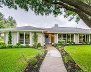 7234 Crooked Oak Drive, Dallas image