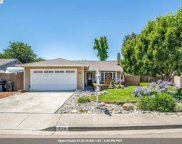 528 Swallow Dr, Livermore image