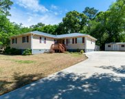 549 Groves Point Drive, Hampstead image