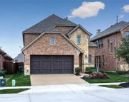 516 Highwood Trail, The Colony image