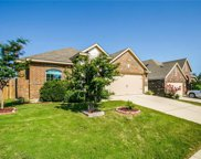 6329 Chalk Hollow Drive, Fort Worth image