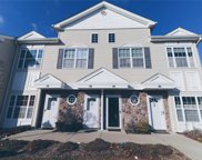 425 Autumn Dr, East Meadow image