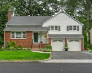 424 MANOR AVE, Cranford Twp. image