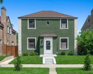 6322 West Barry Avenue, Chicago image