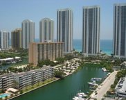 300 Bayview Dr Unit #2001, Sunny Isles Beach image