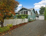 3215 SW Cloverdale St, Seattle image