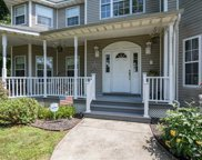39 Old Neck Ct, Manorville image