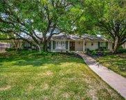5805 Lindenshire Lane, Dallas image