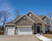8016 Nw Roberts Road, Weatherby Lake image