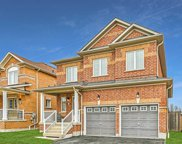 30 Oceanpearl Cres, Whitby image