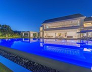 2571 WALLINGFORD Drive, Beverly Hills image