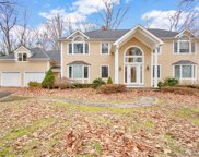 52 Silver Spring  Road, Ridgefield image
