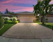 1700 Wedgemont, Bakersfield image