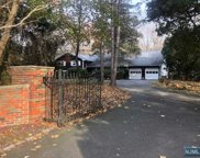 16 Old Farms Road, Saddle River image