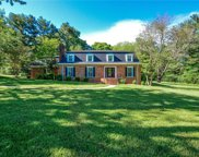 6715 Hillview Court, Clemmons image