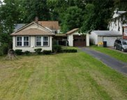 160 Meadowbrook  Avenue, Youngstown image