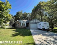 32310 Hickock, Chesterfield image