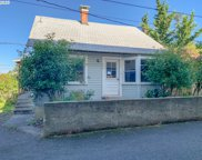 646 W MADRONE  ST, Roseburg image