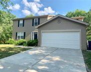 219 Maple Point, St Charles image