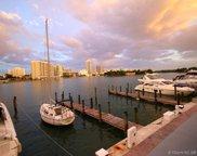 900 Bay Dr. Ds9, Miami Beach image