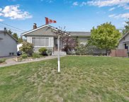 835 Tenth Street, New Westminster image