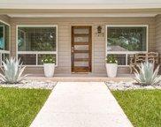 7215 Crooked Oak Drive, Dallas image