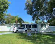 6463 Manor Ln, South Miami image