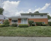 11917 Chattman Dr, Sterling Heights image