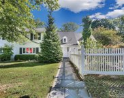28 Porter Hill  Road, Middlebury image