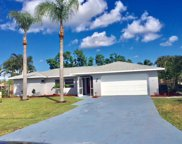 433 SE Skipper Lane, Port Saint Lucie image
