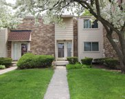 6 Bedford Towne St W, Southfield image
