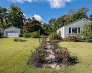 62 Reeves  Avenue, Guilford image
