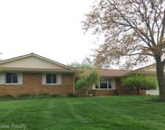 5530 LEAFWOOD DR, Commerce Twp image