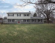 19235 Green Meadow  Court, Noblesville image