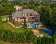 1004 Blakefield Dr, Brentwood image