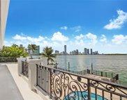 1001 N Venetian Dr, Miami image