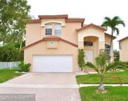 1011 NW 185th Ave, Pembroke Pines image