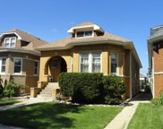 5336 West Wolfram Street, Chicago image