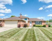 10S231 Suffield Drive, Downers Grove image