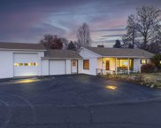 810 Ne Crest  Drive, Prineville image