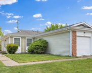 119 Golden Drive, Glendale Heights image
