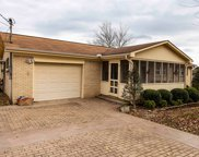154 S Simmons Cir, Fayetteville image