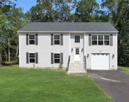 115 Middle Country Rd, Ridge image
